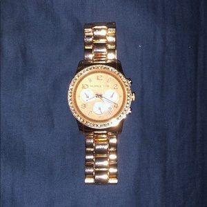 Micheal Kors Rose Gold Diamond Studded Watch